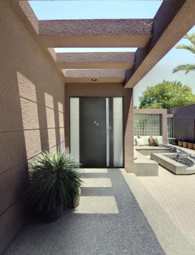 Porte d'entrée grandes dimensions