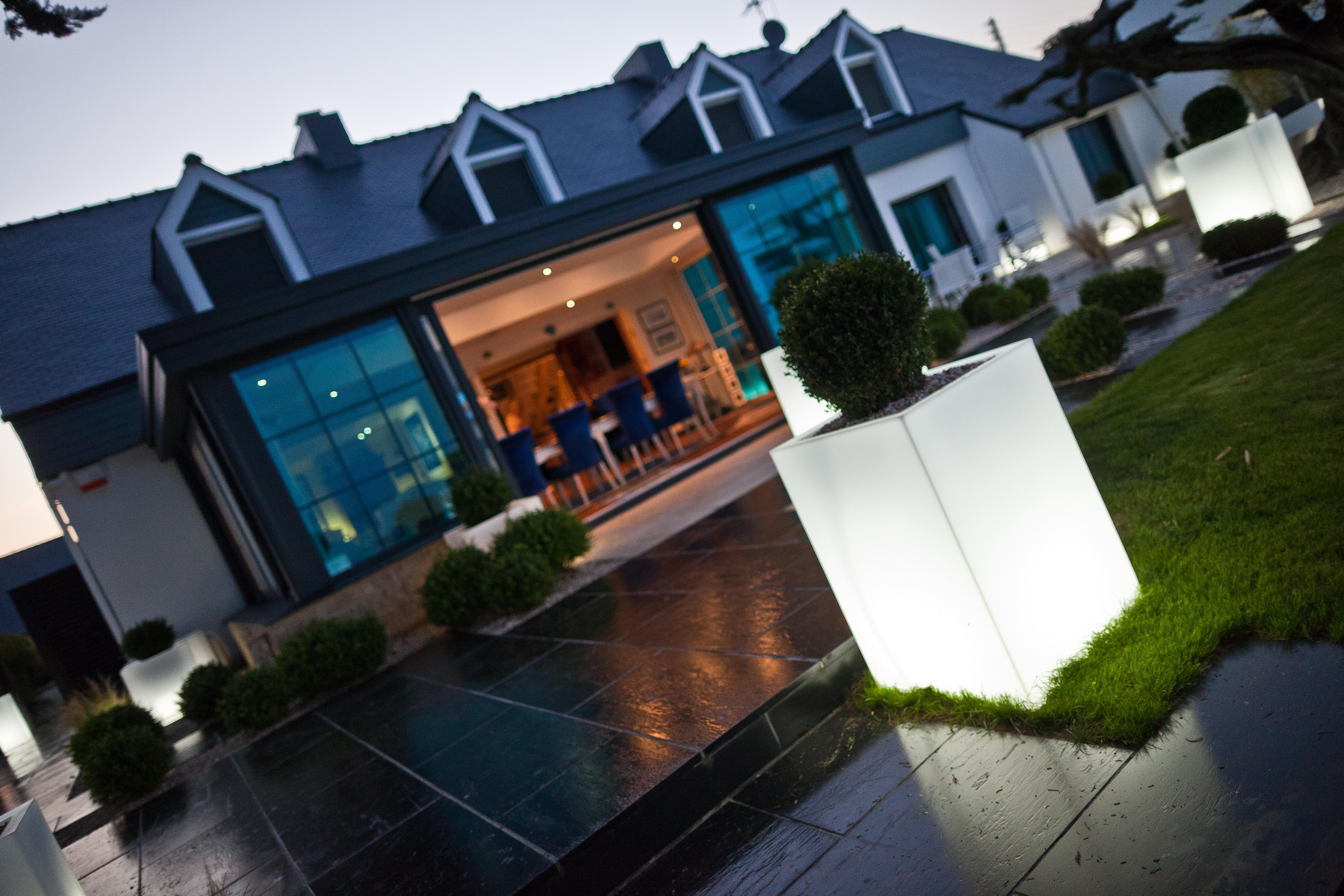Eclairage De Terrasse Sur Pied eclairage soigné pour votre véranda